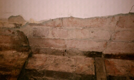 plaster repair-forumrunner_20120315_133515.jpg