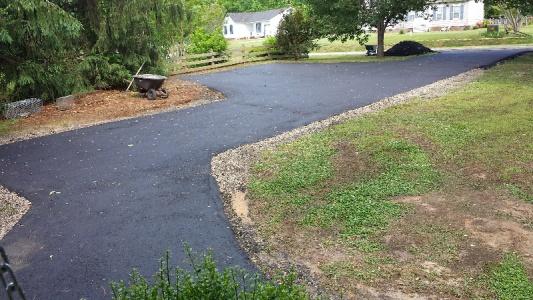 driveway pavement-forumrunner_20140523_103456.jpg