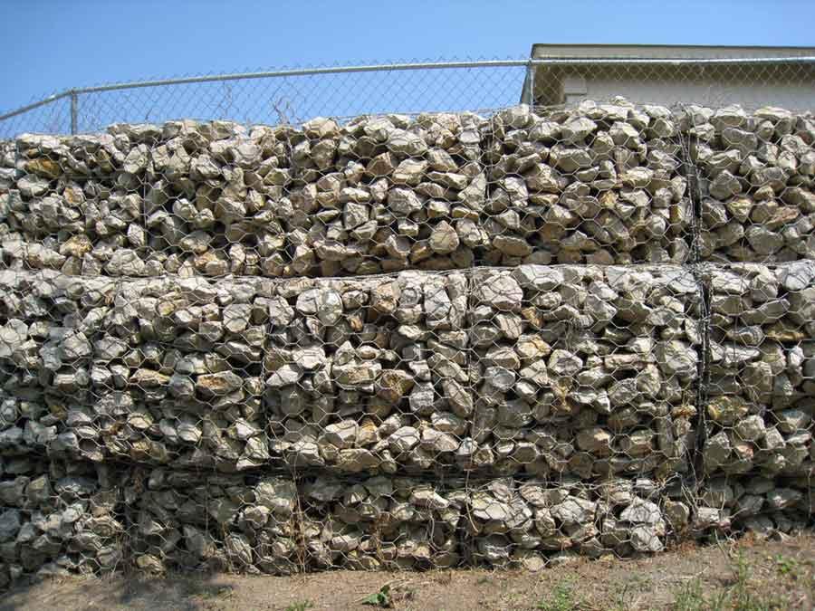 replacing large retaining wallsidejpg