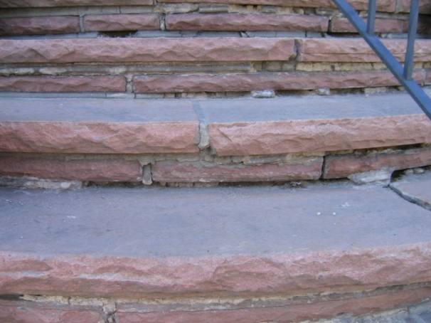 re-grouting steps-ftront-steps-001.jpg