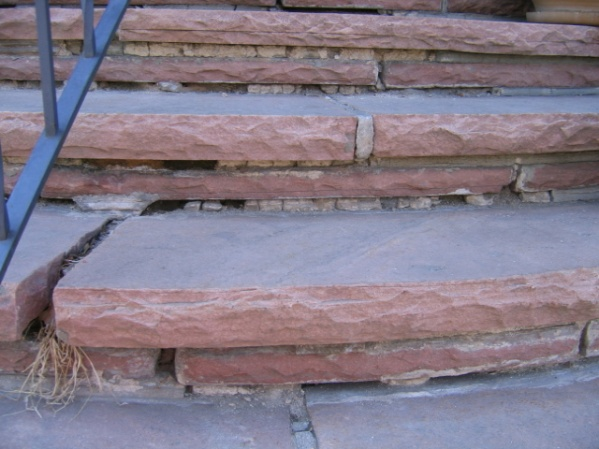 re-grouting steps-ftront-steps-002.jpg