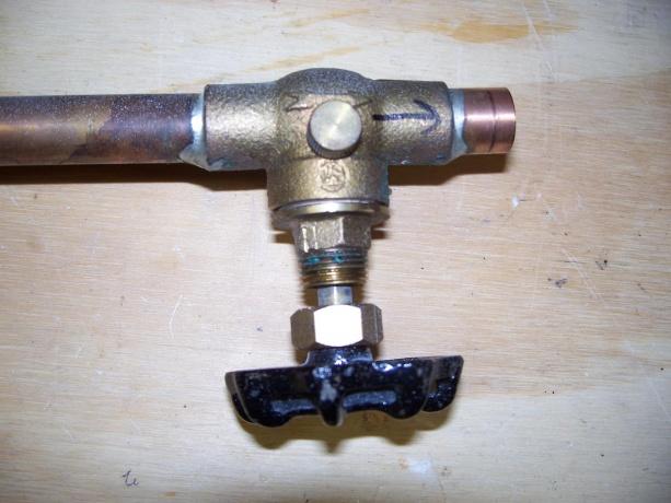 Shut off valve for outdoor spigot-full.jpg