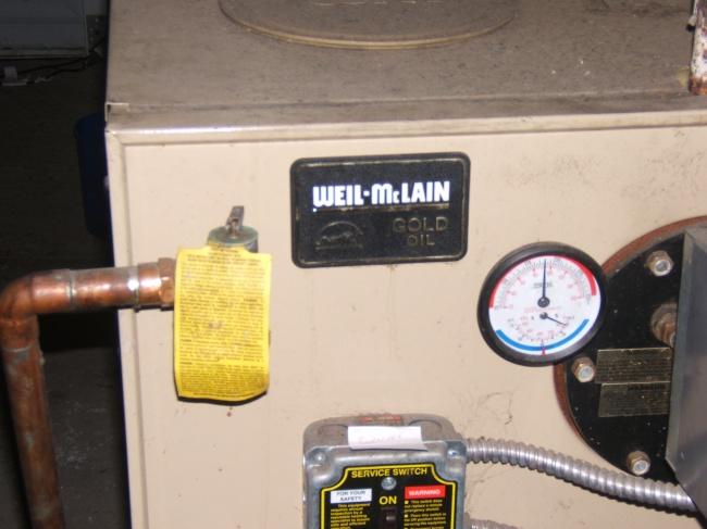 watetr in the baseboard-furnace-005.jpg