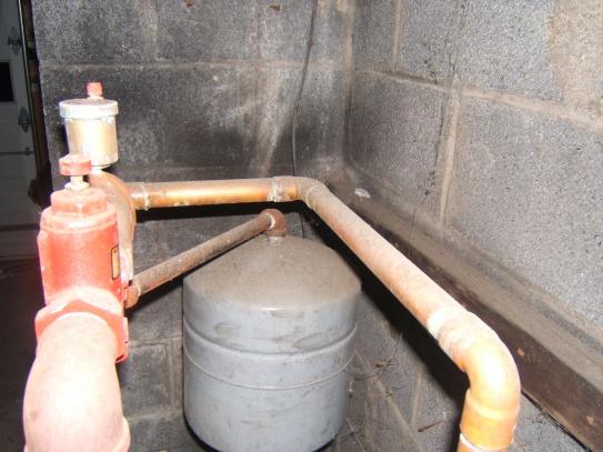 watetr in the baseboard-furnace-2-001.jpg