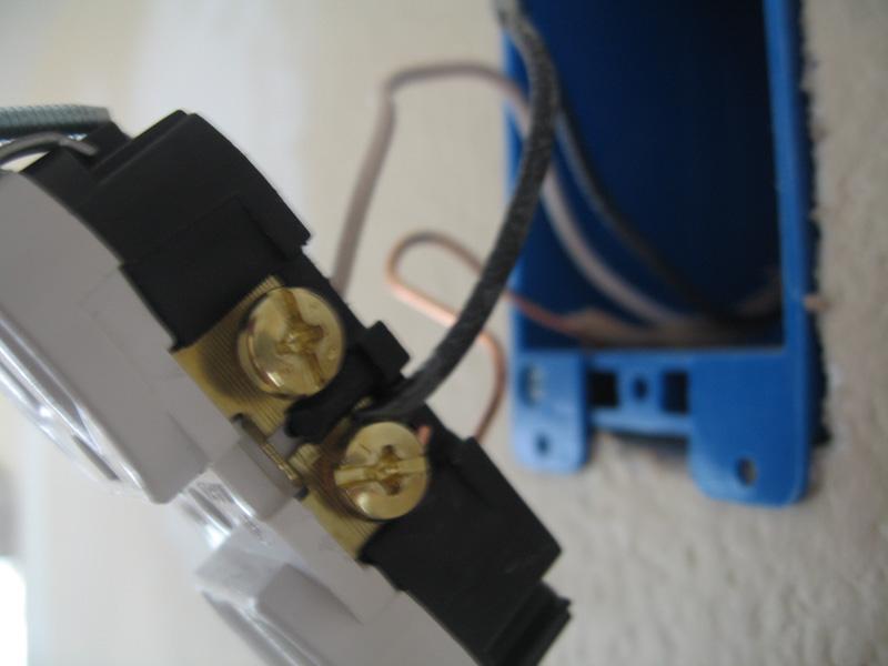 Installing new wall receptacle...-gameroom_remodel9.jpg