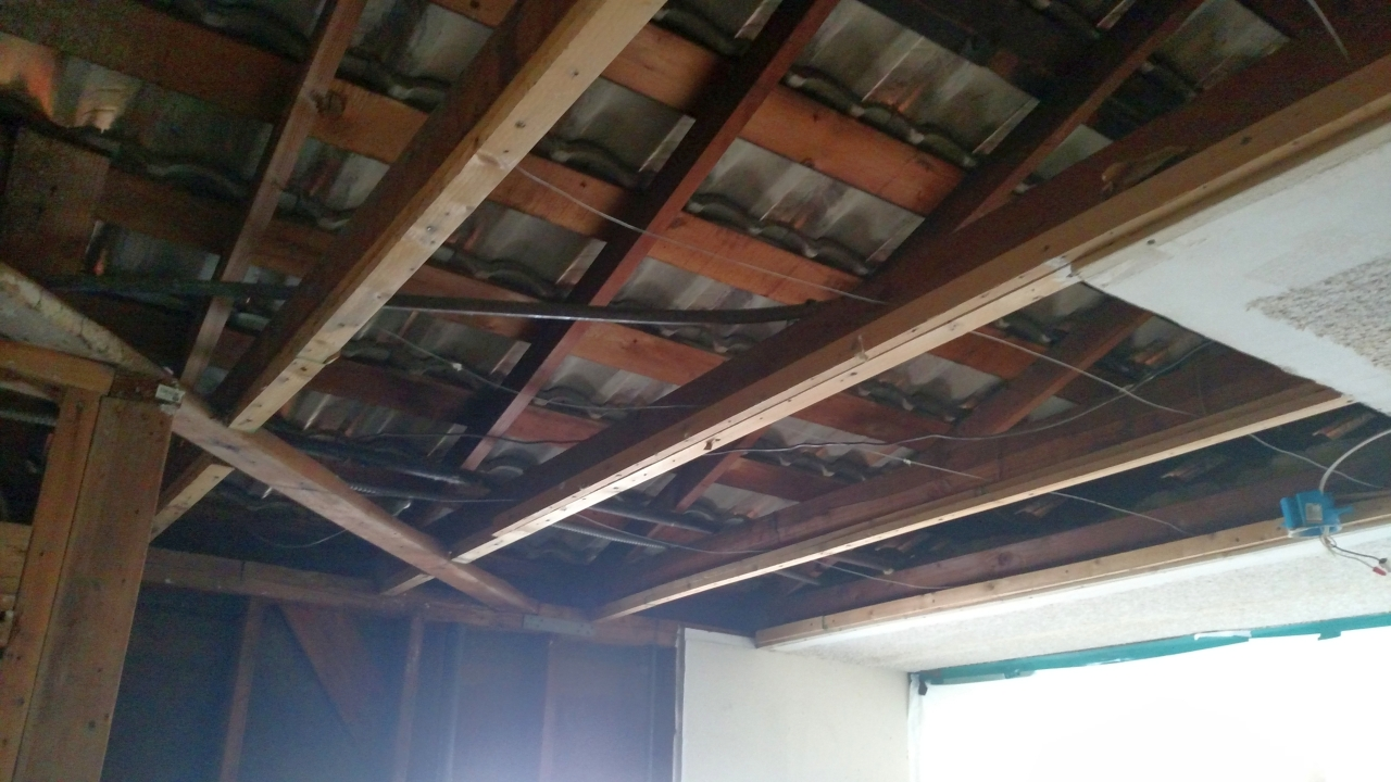 Garage has no wall insulation... Wanting to cool it before the REAL Summer heat-garage-1.jpg