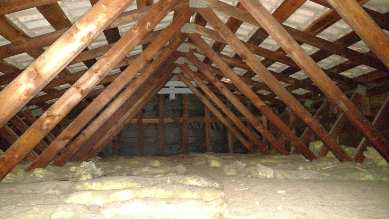 Garage has no wall insulation... Wanting to cool it before the REAL Summer heat-garage-3.jpg
