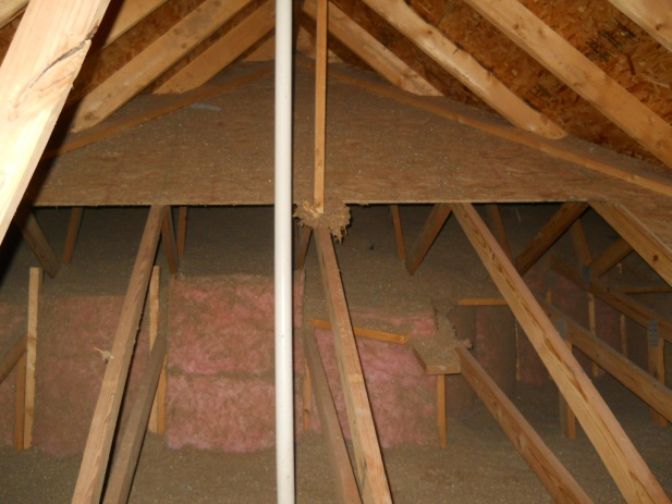 enough ventilation?-garage-attic.jpg