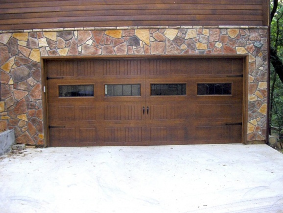 Hardi plank - staining vs painting-garagedoor.jpg