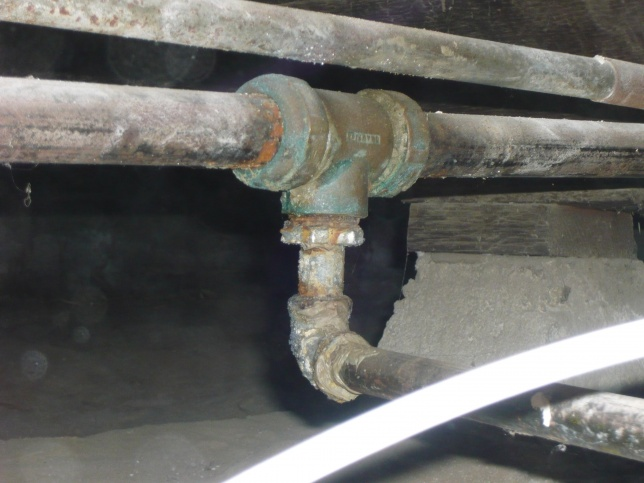 "A ""G Coupling"" installed in gas line?-gas-coupling.jpg"