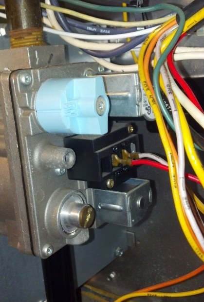 Air conditioner & heater sometimes won't turn on-gas-valve.jpg