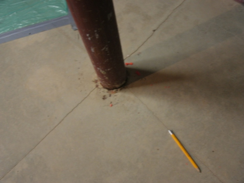 basement floor cracks, problem?-gedc0601.jpg