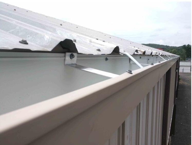 Gutter repair advice-gutter-metal-roof-1.jpeg