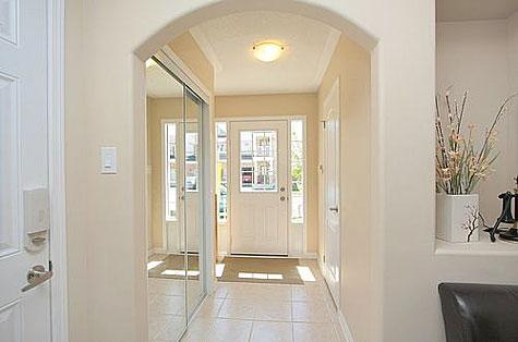 Painting Rooms with Round Corner Bead-hallway.jpg