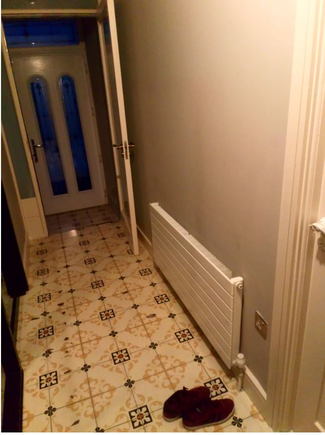 shoe cabinet in a tight entrance space-hallway2.jpg