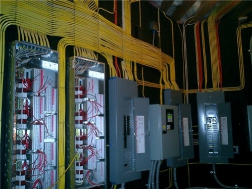 Messy electrical I found on the internet.-harold4-1-.jpg