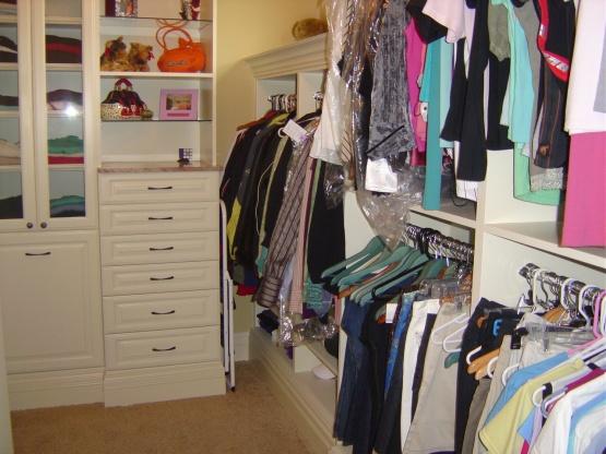 Custom Closets-her-closet-13.jpg