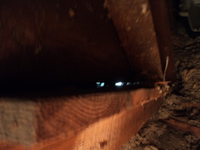 Help :) electricians moved insulation-holewall.jpg