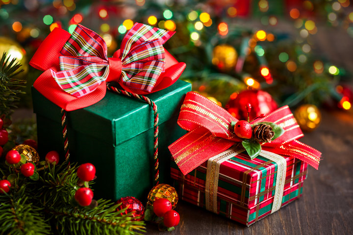 2016 DIYChatroom.com Talk Donation To Marine Toys For Tots!-holiday-gifts.jpg