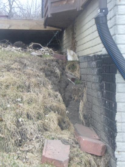 Drainage/Erosion NIGHTMARE!! Please help!-home-erosion2.jpg