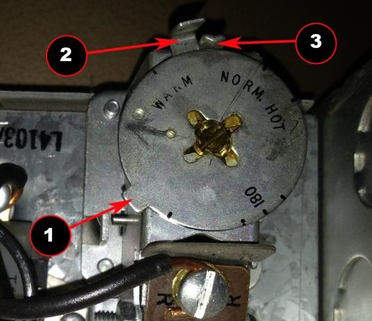 Can't lower temperature of Honeywell L4103A 1019-honeywell-aquastat.jpg