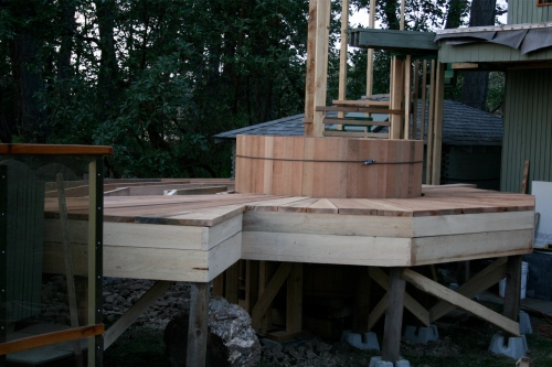 Gulf Island Building.-hot-tub-44.jpg