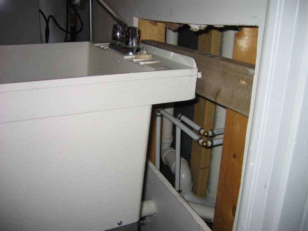 Utility Sink with pictures!-house-plumbing-5-11-2011-pic-011.jpg