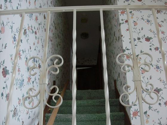 Installing handrail with returns-hpim1961.jpg