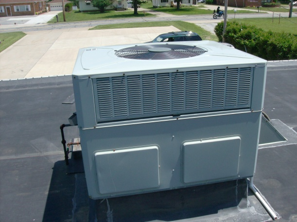 Where is the filter on this trane?-hpim2110.jpg