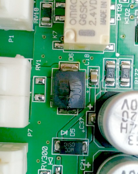 Replaced Zone controller, no M2 terminal for dampers?-hz322-popped-cap-reduced.jpg