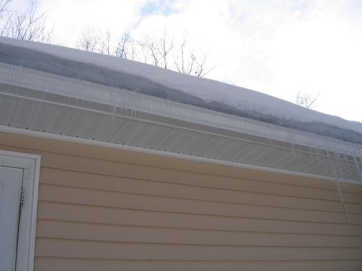 ice on outside of house-ice-dam-2.jpg