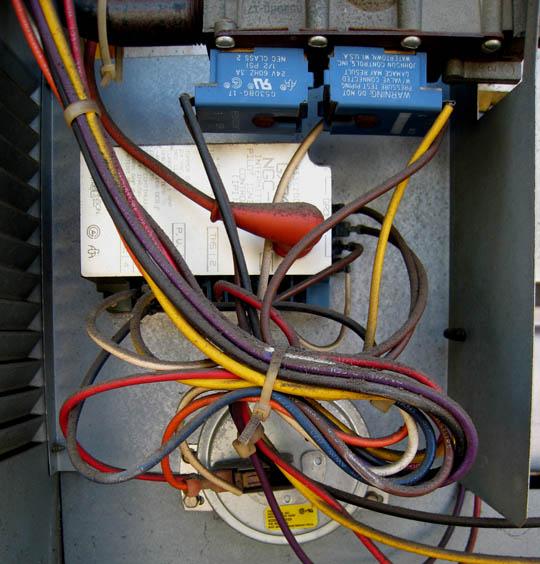 Intermittent blower operation-ignition.jpg