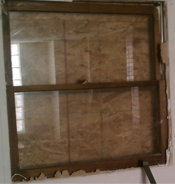 My window between siding and drywall...-imag0044.jpg