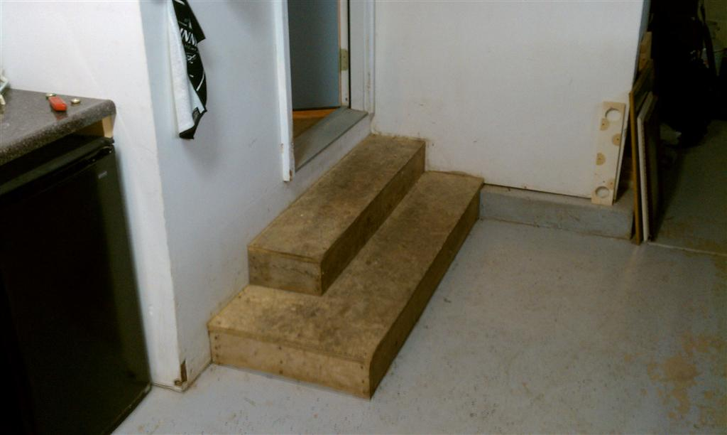 Ugly steps - thoughts?-imag0116-large-.jpg