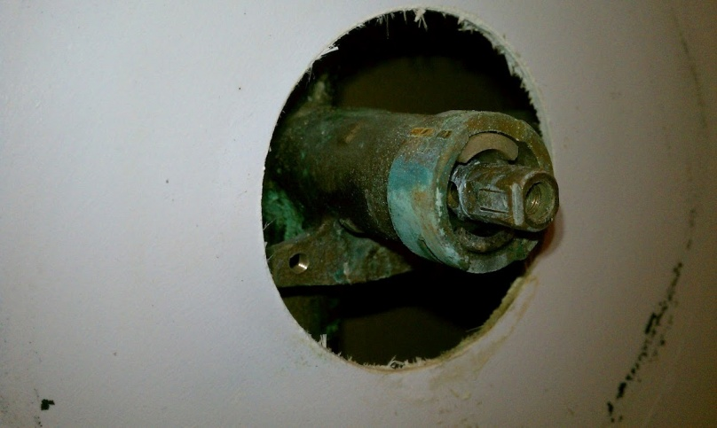 Bathtub faucet leak / new trim kit-imag0137.jpg