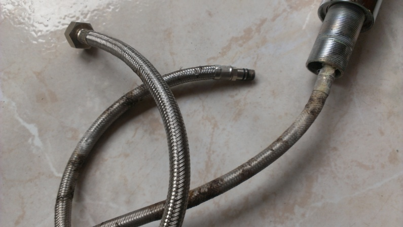 cant find this supply line anywhere-imag0167-1-.jpg
