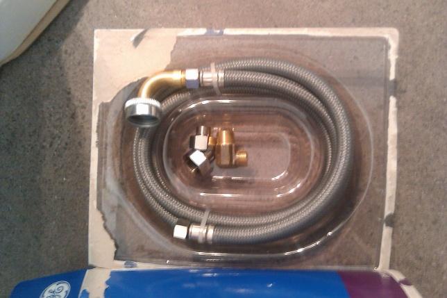 pex pipe installed behind drywall broke-imag02.jpg