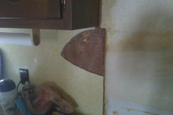 Tiling Over Laminate Formica Backsplash Imag0202 Jpg