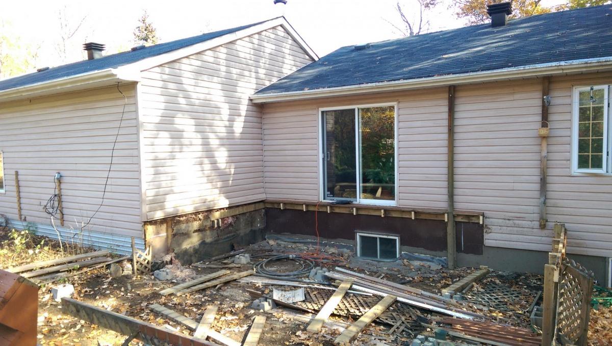 Water damaged exterior wall-imag0246_1508684975747.jpg