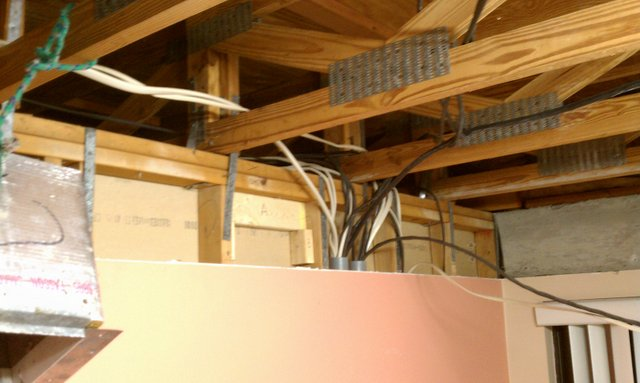 Notching Top Plate In Load Bearing Wall Building