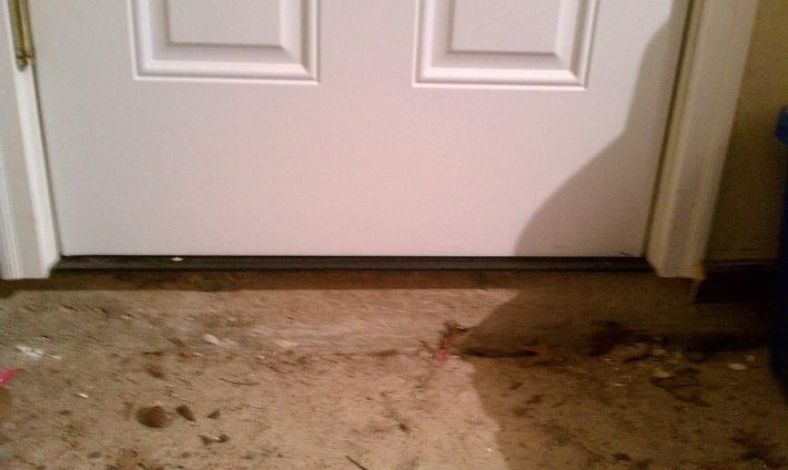 Exterior Door Problem-imag0349.jpg