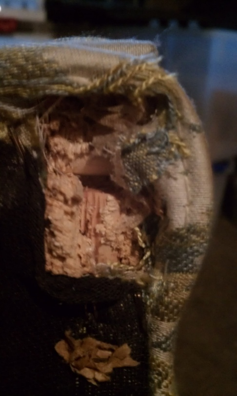 How should I fix this chair?-imag0369.jpg