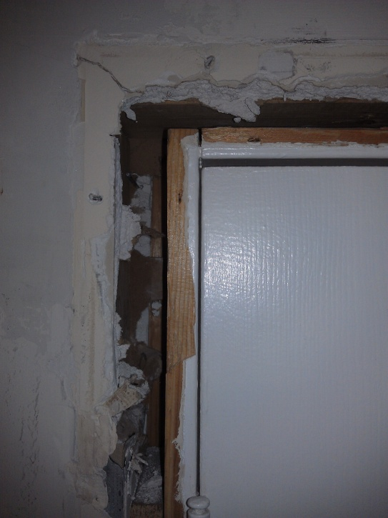 Incroyable ... Large Gap Between Door Frame And Jamb Imag0480 ...