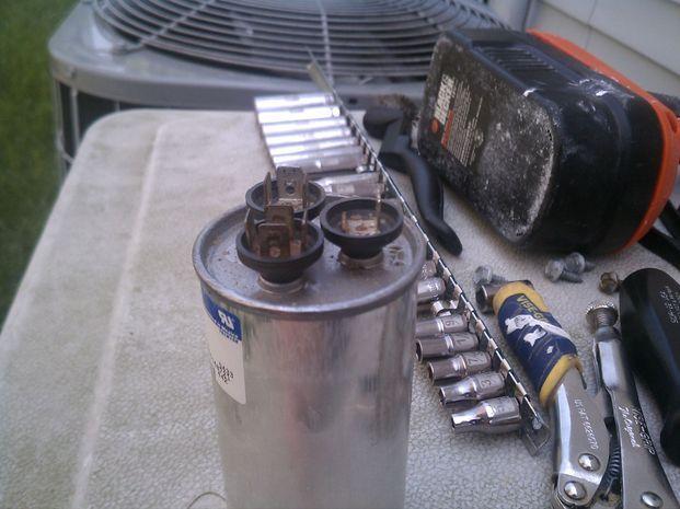 HVAC condensor fan outside intermittant-imag1391-1-.jpg
