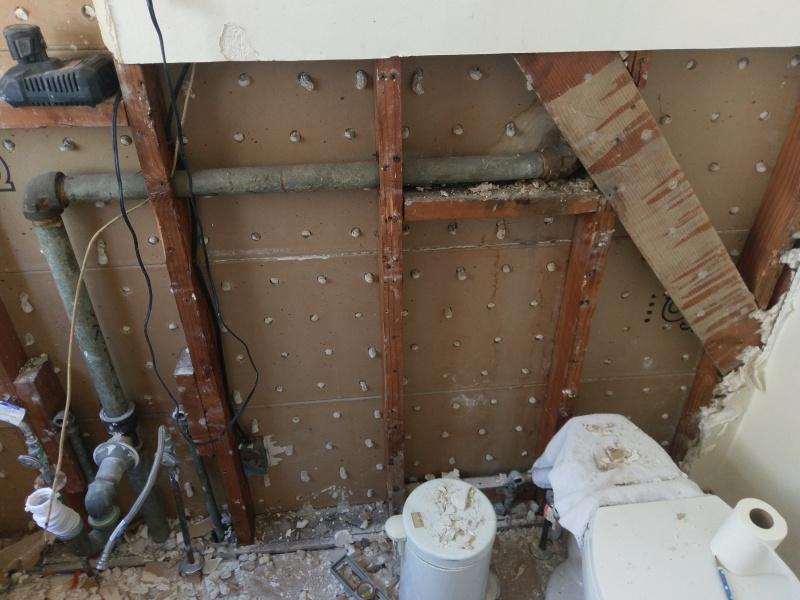Seeping Vent Pipe - Need/How to repair?-imag1447.jpg