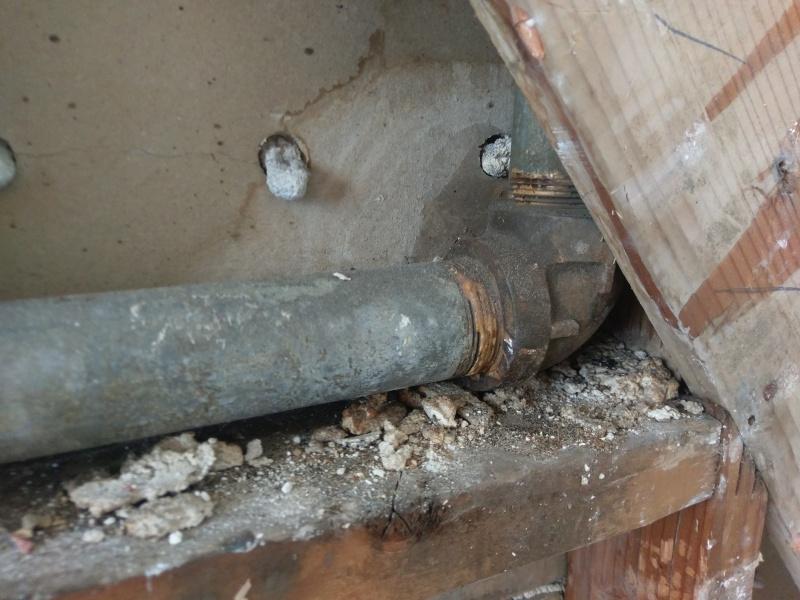 Seeping Vent Pipe - Need/How to repair?-imag1448.jpg