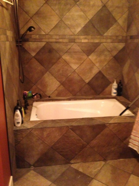 Grout All Cracking Around Jacuzzi - Pic - Tiling, ceramics, marble ...
