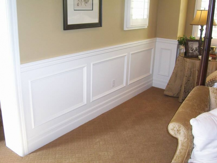 Wainscoting Picture Frame Style Mounting Caulking And Expansion