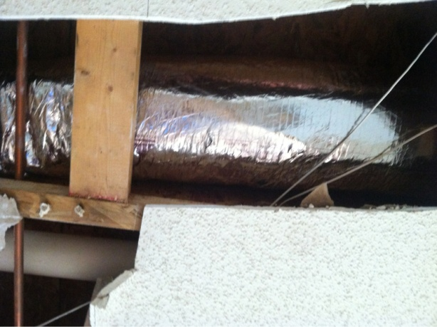 Hole in HVAC duct-image-1479038405.jpg