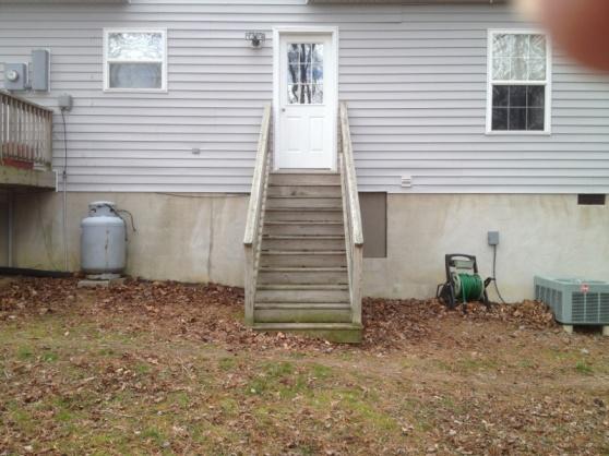 Deck building-image-151058476.jpg
